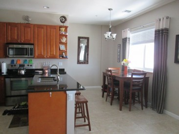 Two Bedroom Town Home on Seven Mile Beach for sale, , Seven Mile Beach Property