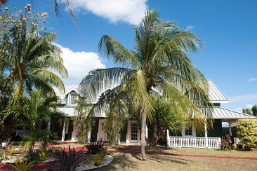 Governor's Harbour canal front executive for sale, , Seven Mile Beach Property