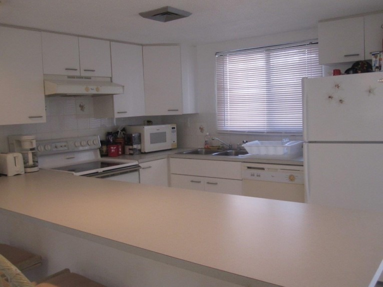 SUNSET COVE (TREASURE ISLAND) #206 - Cayman Residential Property