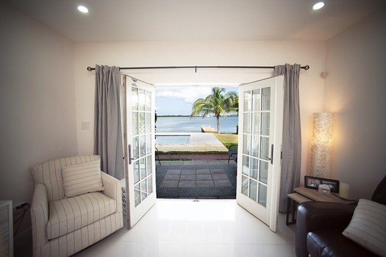 Governor's Harbour canal front executive - Cayman Condominiums Property for For Rent