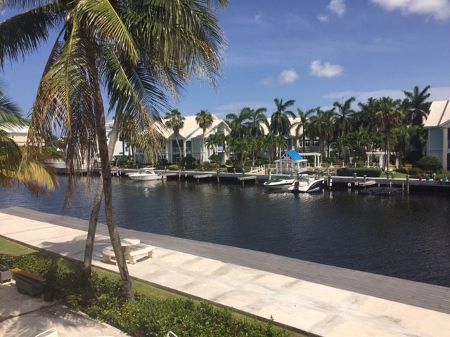292 Palm Heights Drive - Snug Harbour - Cayman Condominiums Property for For Rent