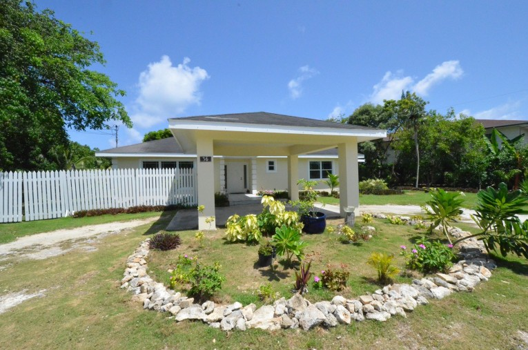 THE ORGANIC GARDEN - SOUTH SOUND HOME ON LARGE PARCEL OF LAND - Cayman Residential Property for For Sale