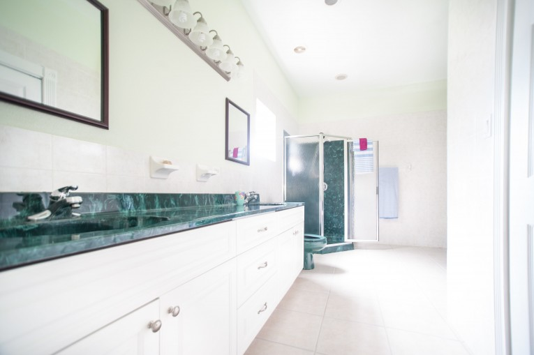 CAPTAINS CORNER - Cayman Residential Property for For Sale