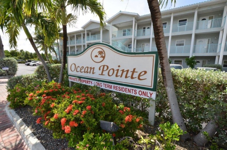 OCEAN POINTE VILLAS - TOP FLOOR UNIT - Cayman Residential Property for For Sale