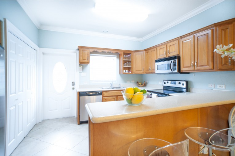 #28 WILLOW POINTE - Cayman Residential Property