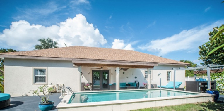 HIGHLANDS HOME - Cayman Residential Property for For Sale