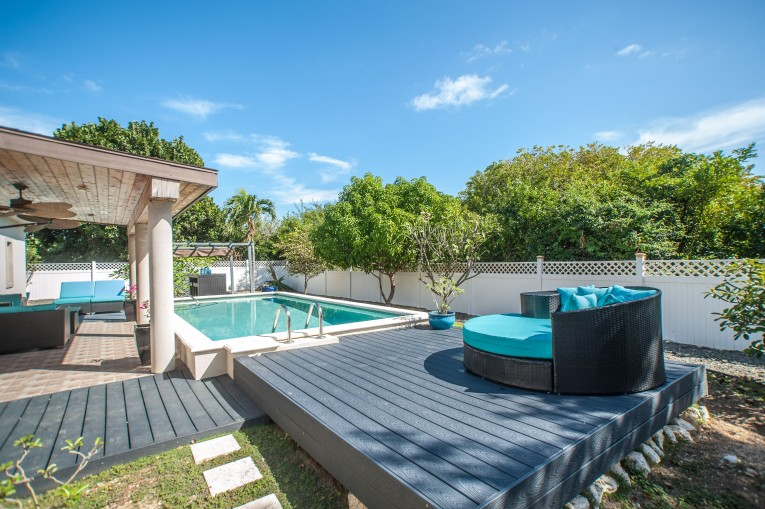 HIGHLANDS HOME - Cayman Residential Property