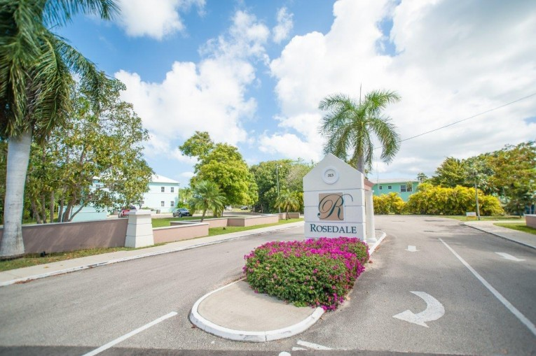 ROSEDALE GARDENS - SPACIOUS 1 BED - Cayman Residential Property for For Sale
