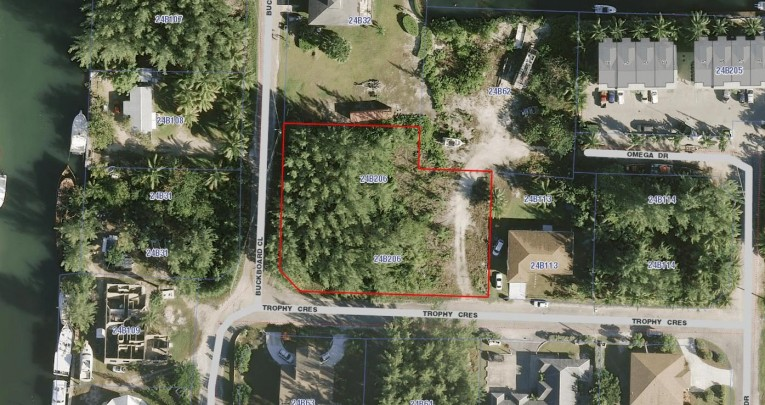 OASIS TOWNHOMES - Cayman Residential Property