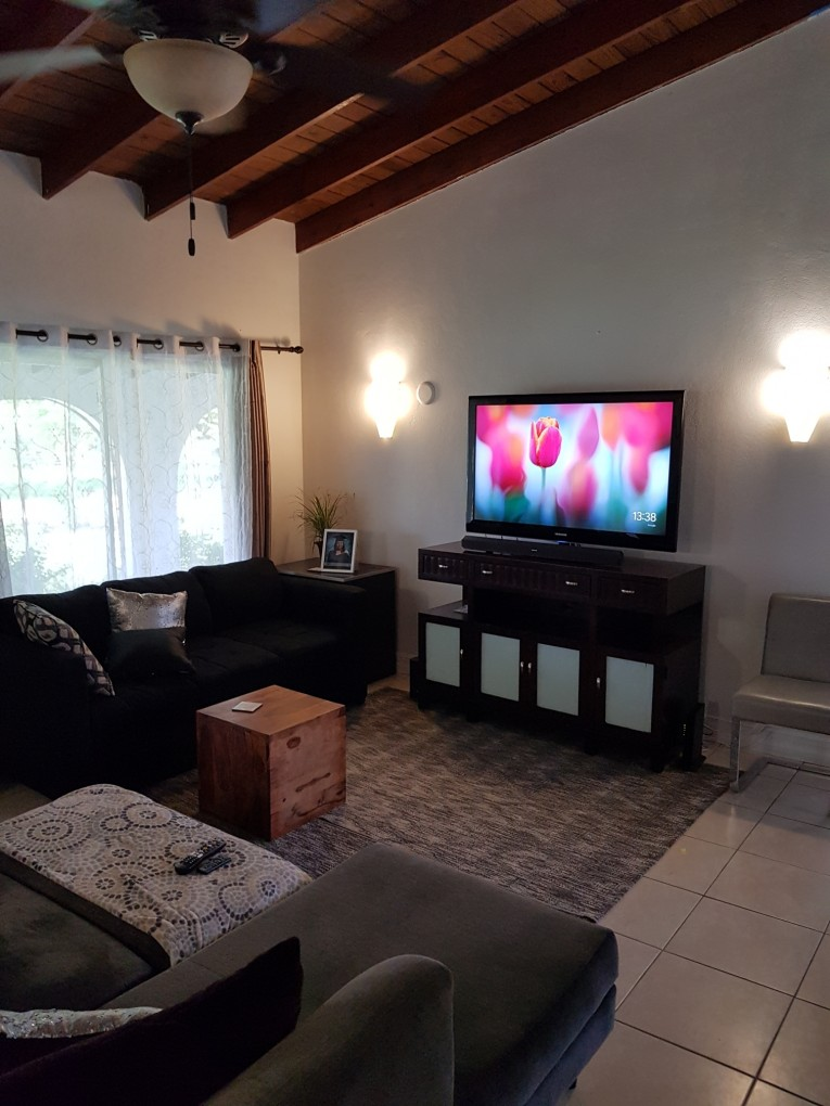 23 3RD AVE - Cayman Residential Property
