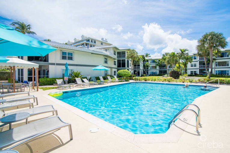 TAMARIND BAY  - RARE PENTHOUSE & DECK - Residential Properties Listing