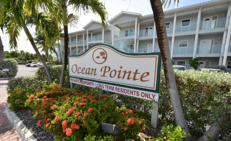 OCEAN POINTE VILLAS - OCEAN FRONT - Cayman Residential Property for For Sale
